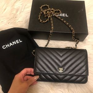 Chanel Classic chevron Woc wallet on chain